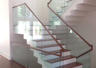 Modern Glass Staircase 26