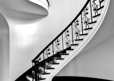 Curved Staircase 9