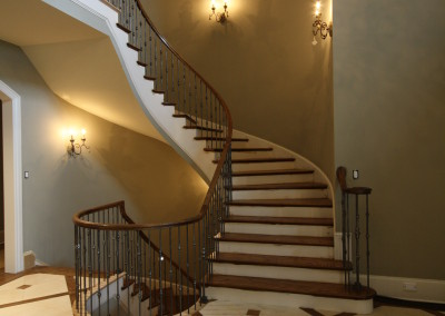 Curved Staircase 16
