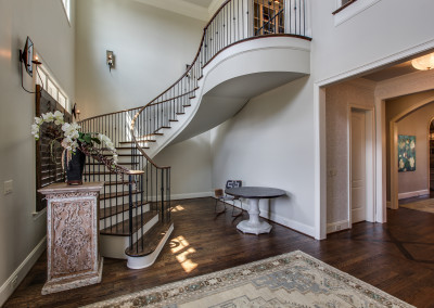 Curved Staircase 49