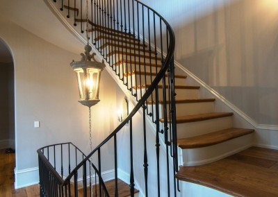 Curved Staircase 23