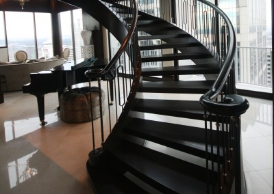 Curved Modern Staircase 76