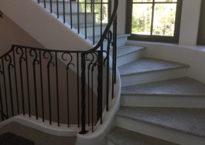 Curved Staircase 61