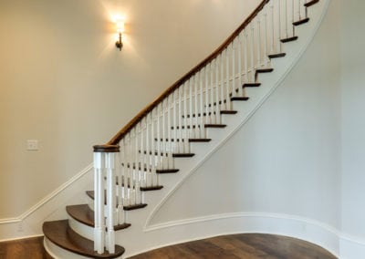 Curved Staircase 80