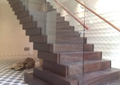 Modern Glass Staircase 19