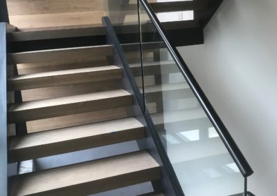 Modern-Glass-Staircase-9